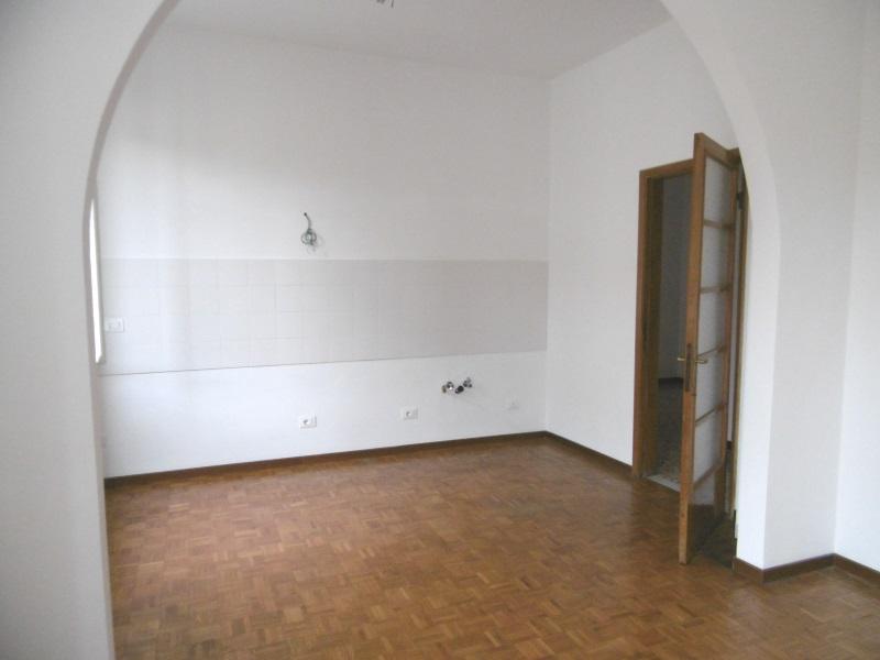 Appartamento in vendita a Chiavari, 4 locali, zona Località: centrolevante, prezzo € 260.000 | CambioCasa.it
