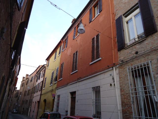 Bilocale Ferrara Via Centoversuri 1