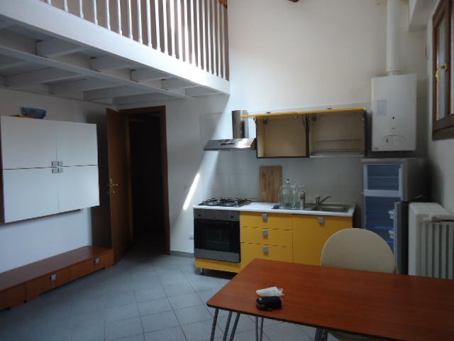 Bilocale Ferrara Via Centoversuri 10