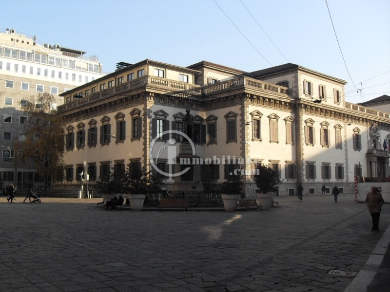 Bilocale Milano Corso Vittorio Emanuele Ii 3