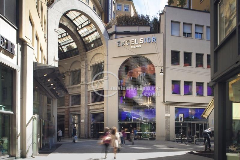 Bilocale Milano Corso Vittorio Emanuele Ii 1
