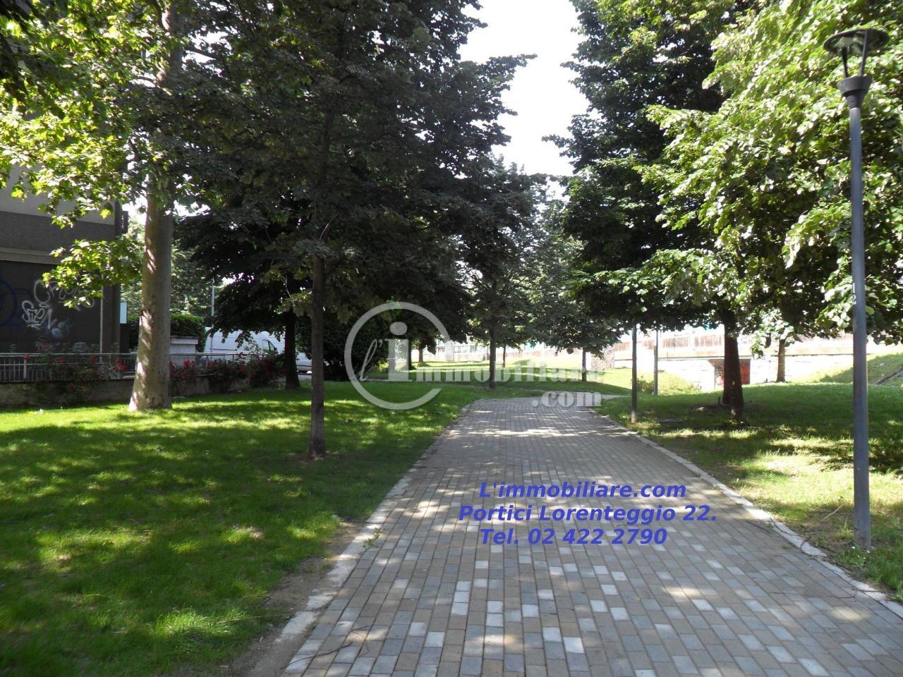 Bilocale Milano Via Renzo E Lucia 1
