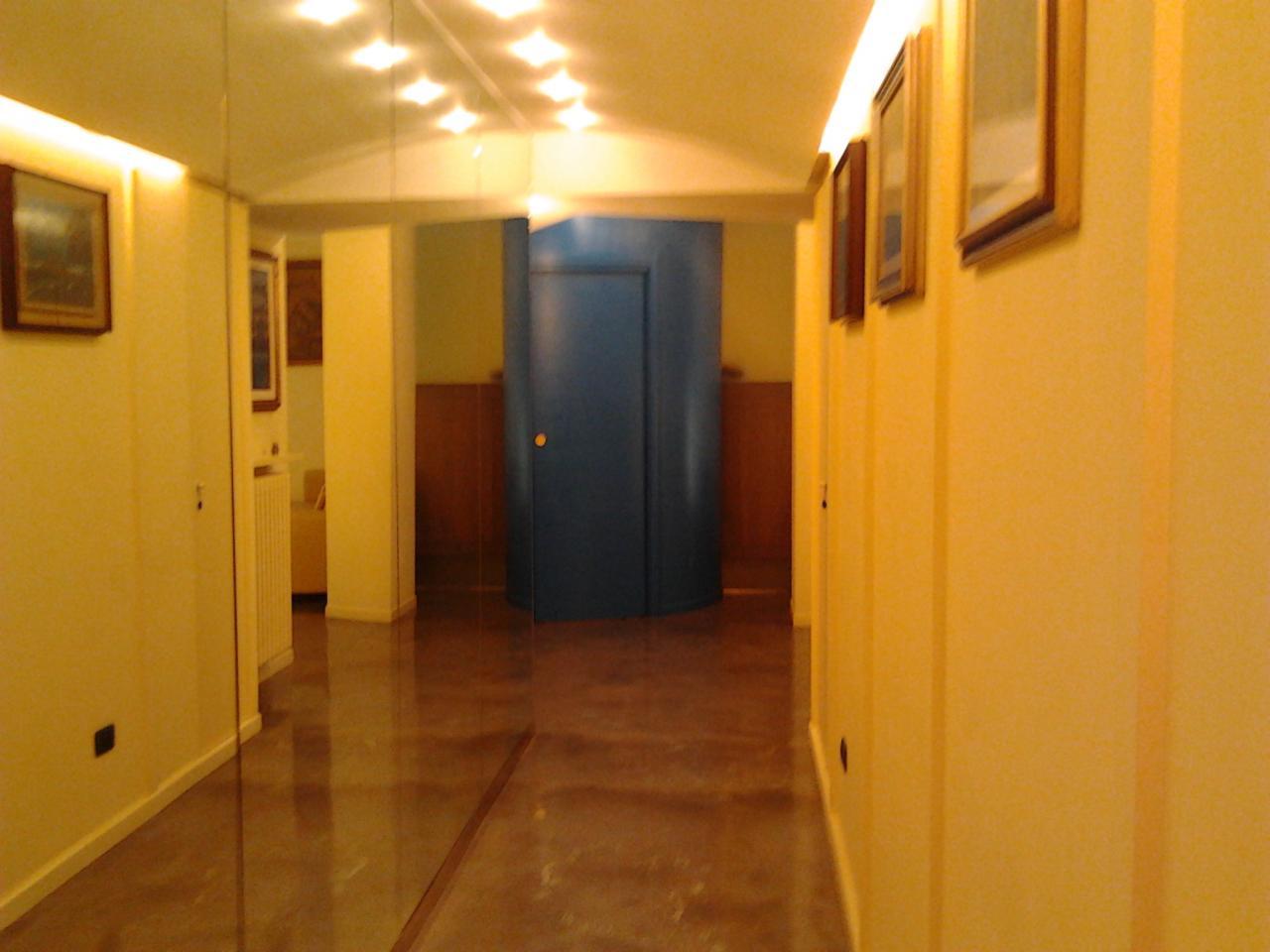 Bilocale Milano Via Giosue' Borsi 2