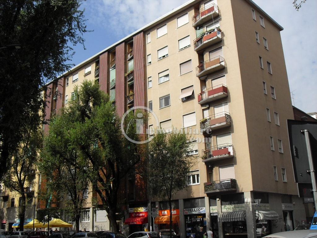 Milano | Appartamento in Vendita in Via Lomellina | lacasadimilano.it
