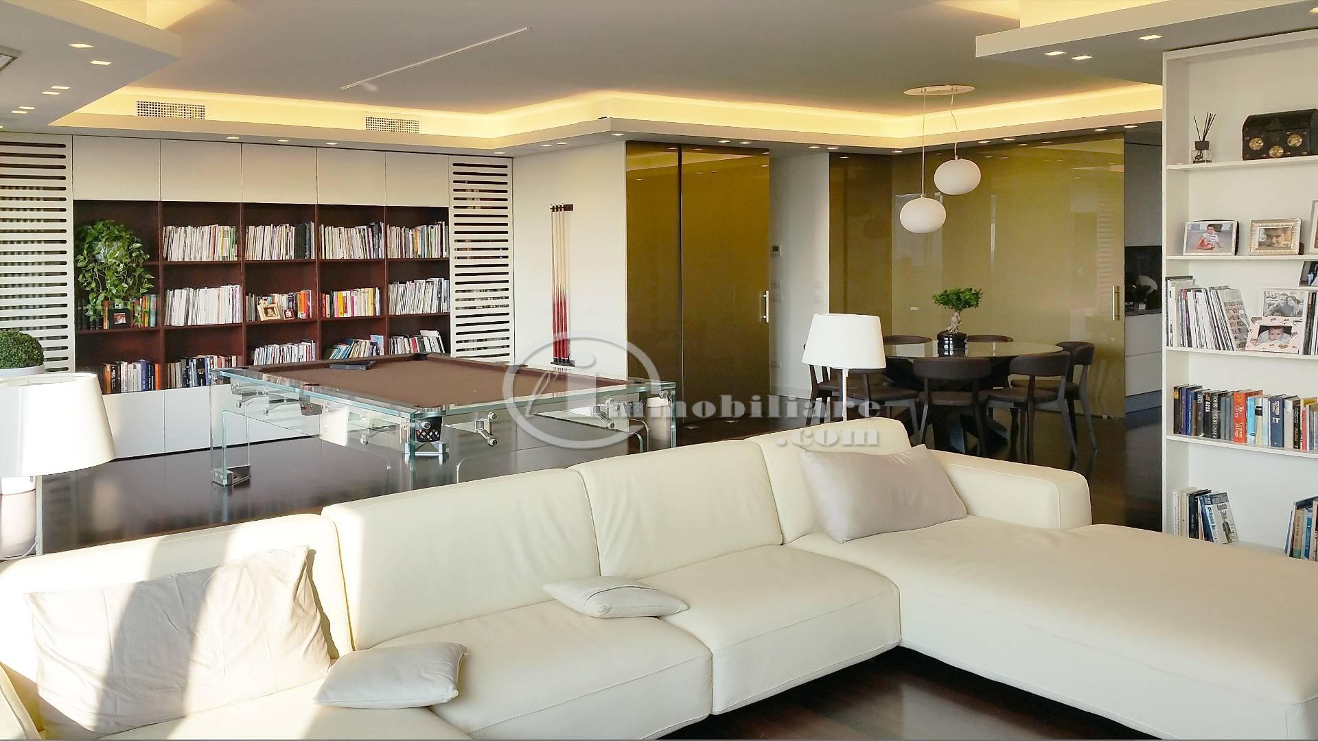 Appartamento in Vendita a Milano via ippodromo