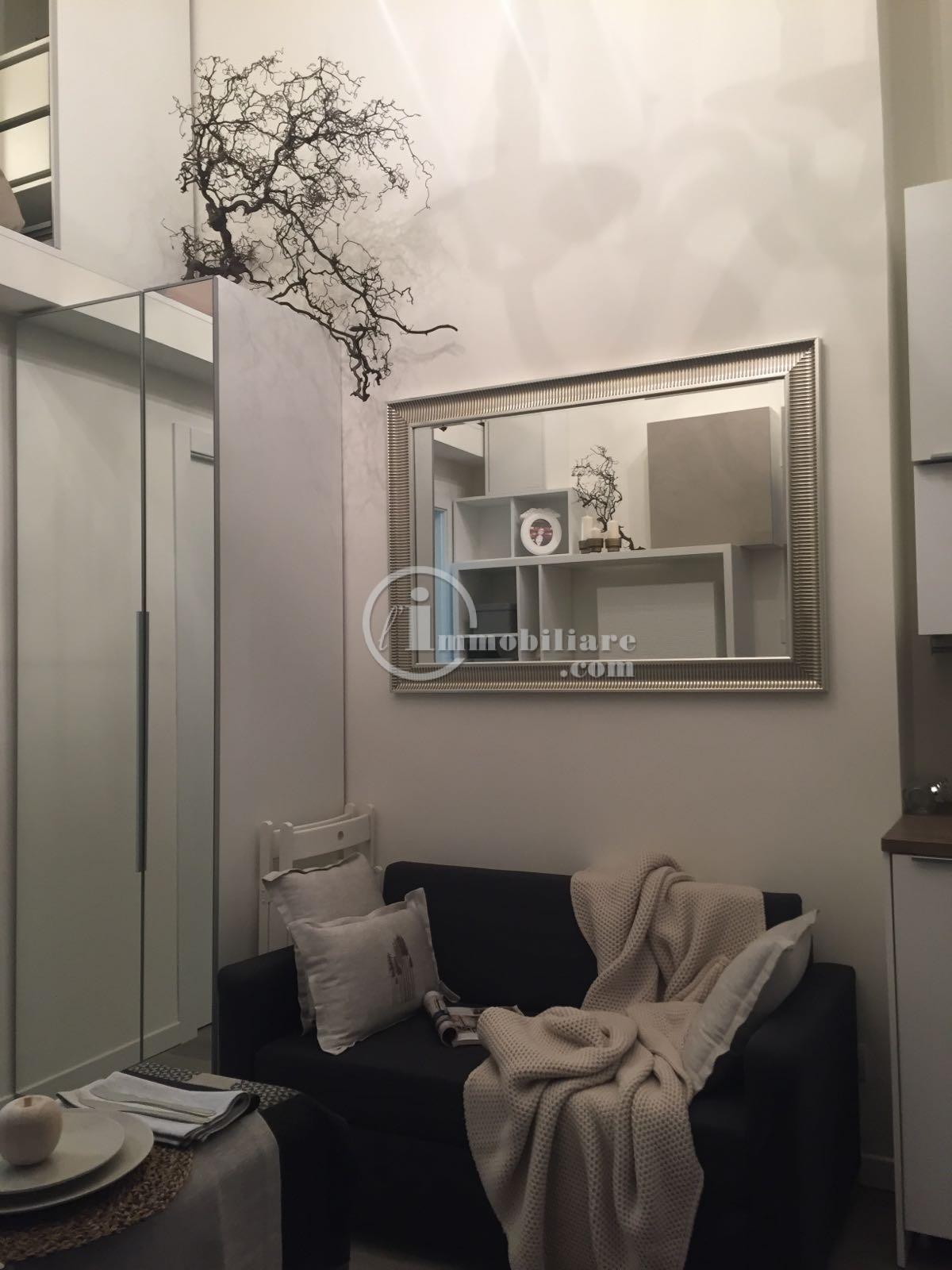 Appartamento in Vendita a Milano via andrea maria ampere
