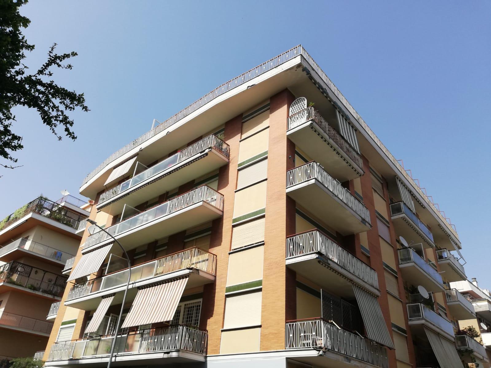 Attico in Affitto a Roma: 2 locali, 70 mq
