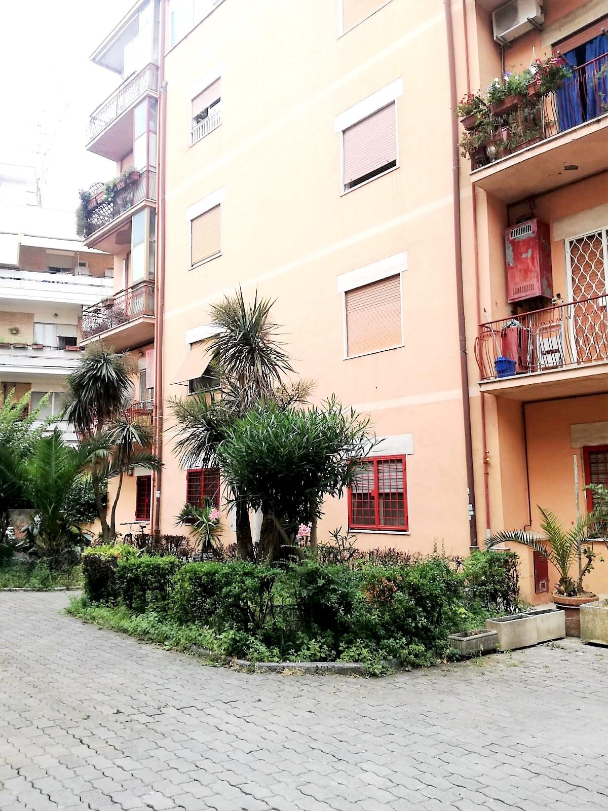 Appartamento in Affitto a Roma: 3 locali, 75 mq