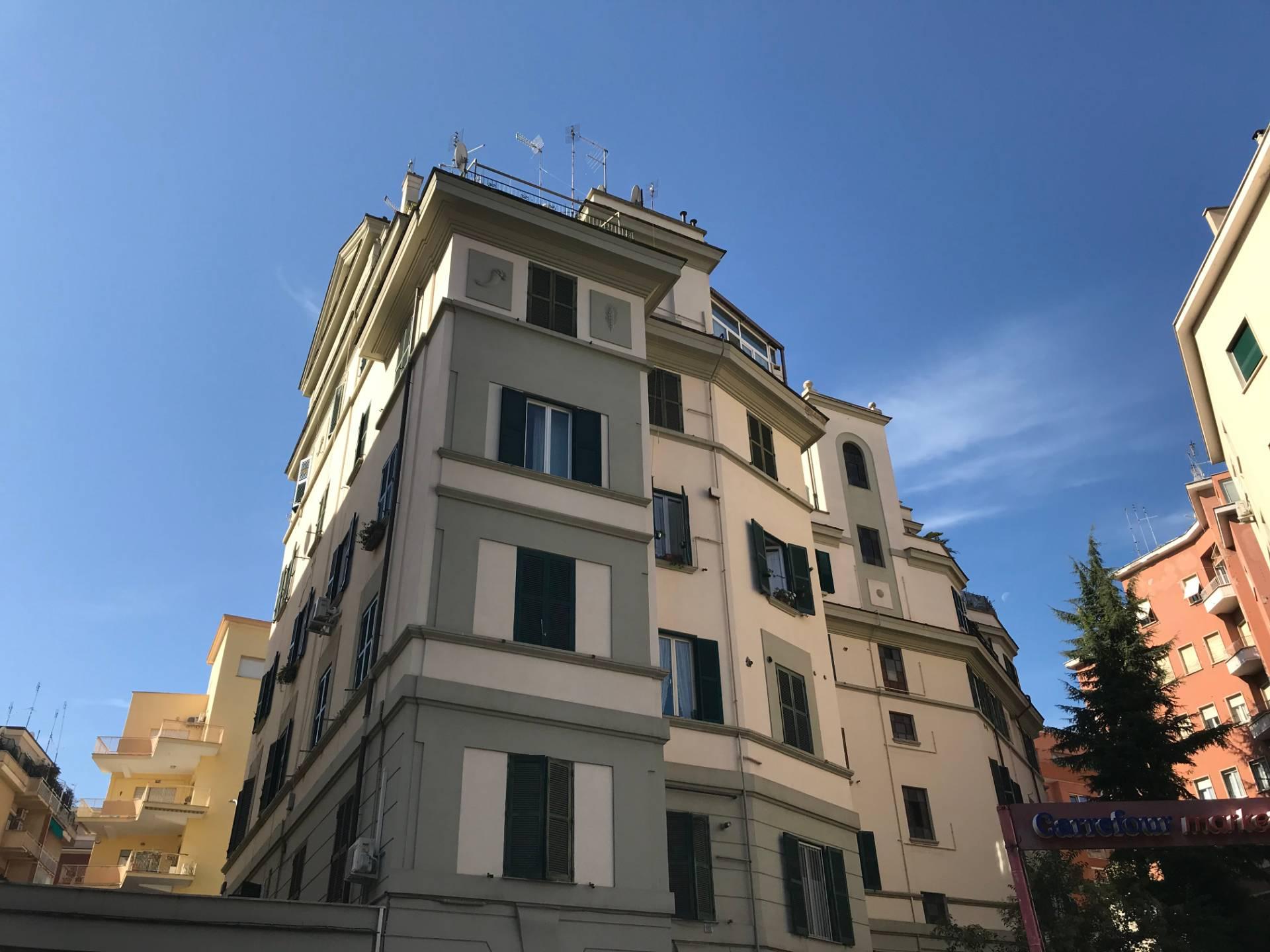 Appartamento in Vendita a Roma: 3 locali, 91 mq