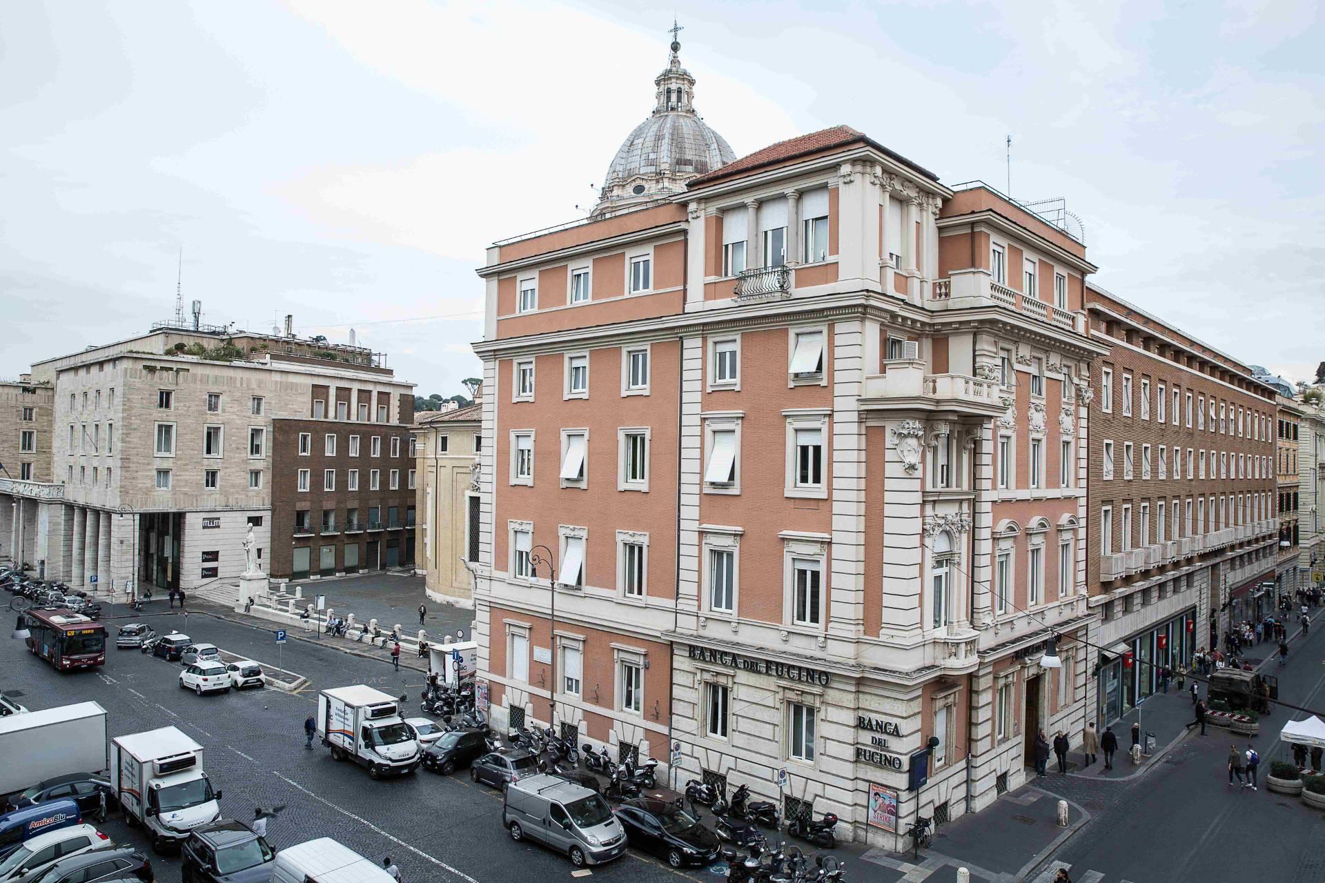 Appartamento in Vendita a Roma 01 Centro Storico: 5 locali, 180 mq
