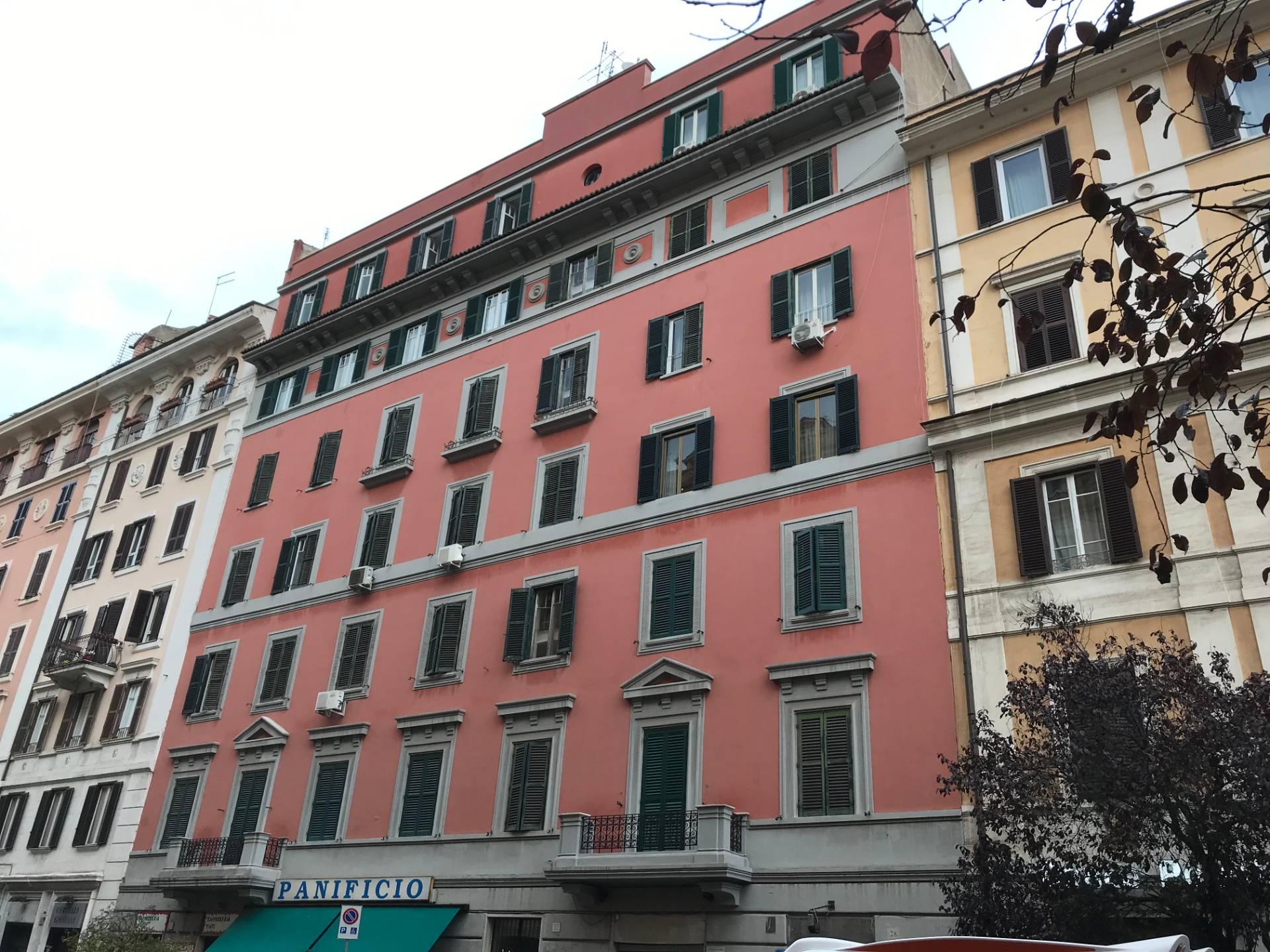 Appartamento in Vendita a Roma 06 Nuovo / Salario / Prati fiscali: 3 locali, 100 mq