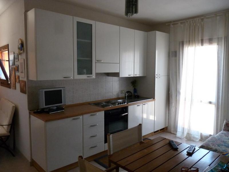 Appartamento in vendita a Valledoria, 2 locali, prezzo € 85.000 | Cambio Casa.it