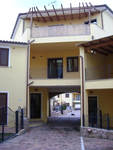 Appartamento in vendita a Valledoria, 3 locali, prezzo € 135.000   Cambio Casa.it