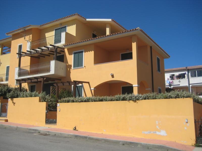 Appartamento in vendita a Santa Teresa Gallura, 3 locali, Trattative riservate | CambioCasa.it