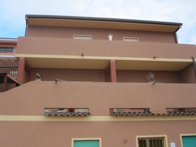 Appartamento in vendita a Trinità d'Agultu e Vignola, 13 locali, prezzo € 270.000 | Cambio Casa.it