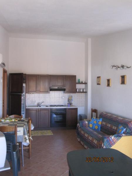 Appartamento in vendita a Valledoria, 3 locali, prezzo € 115.000 | CambioCasa.it
