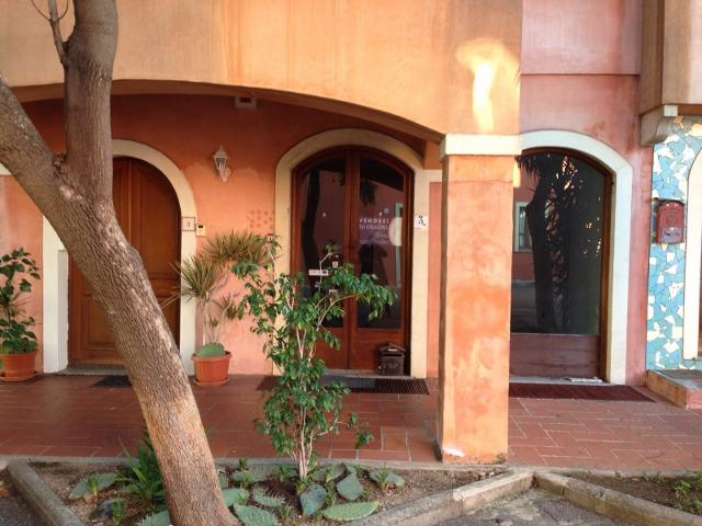 Laboratorio in vendita a Tortolì, 9999 locali, prezzo € 45.000   Cambio Casa.it
