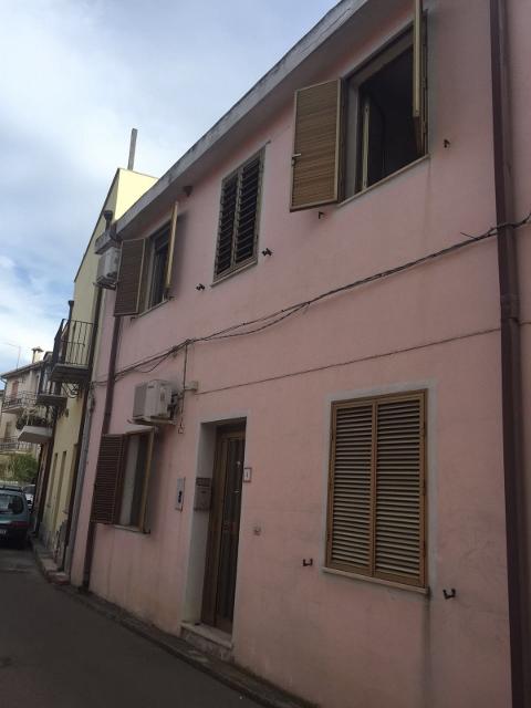 Soluzione Indipendente in vendita a Tortolì, 5 locali, prezzo € 155.000 | Cambio Casa.it
