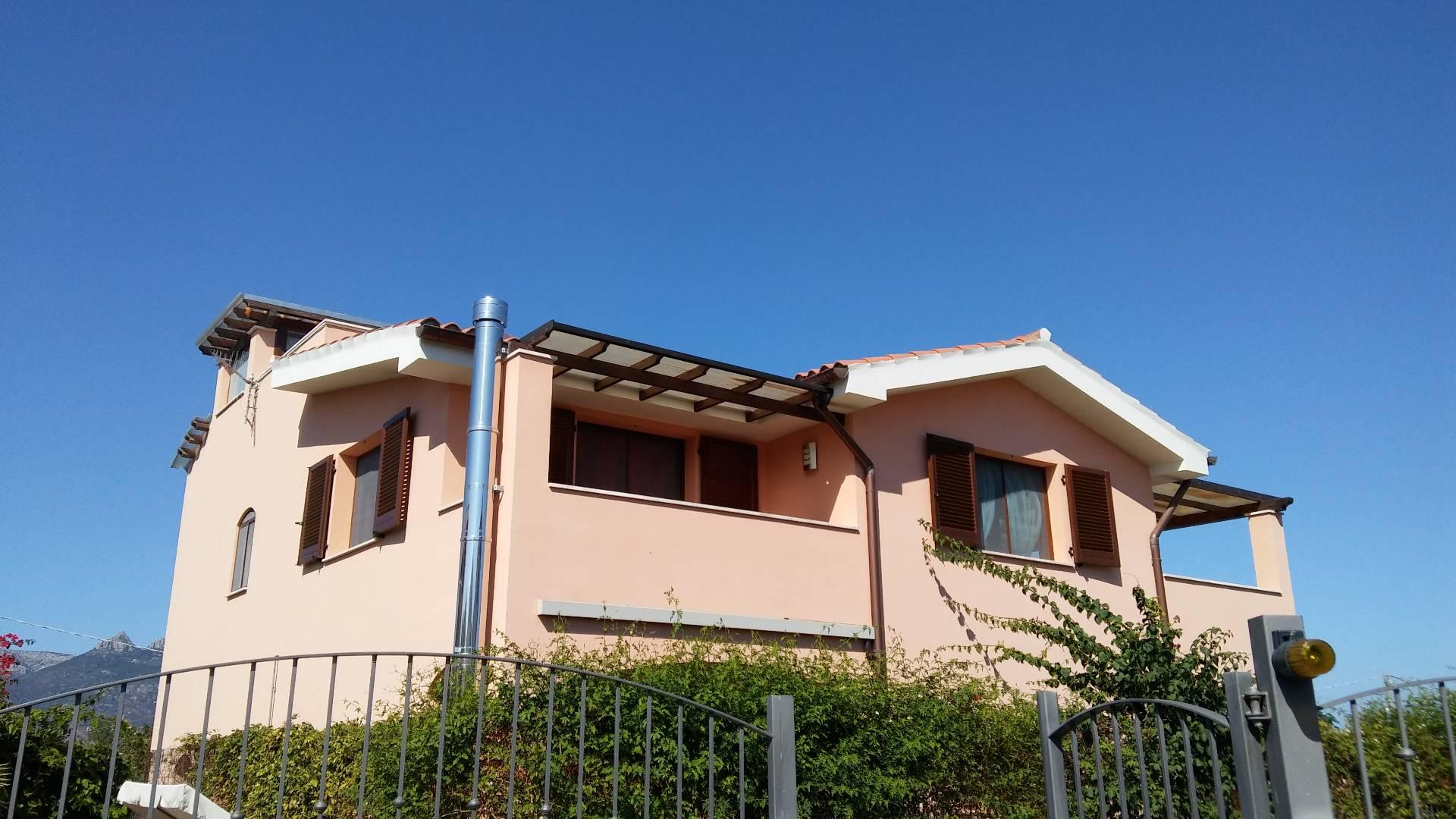 Appartamento in vendita a Girasole, 3 locali, prezzo € 150.000 | Cambio Casa.it
