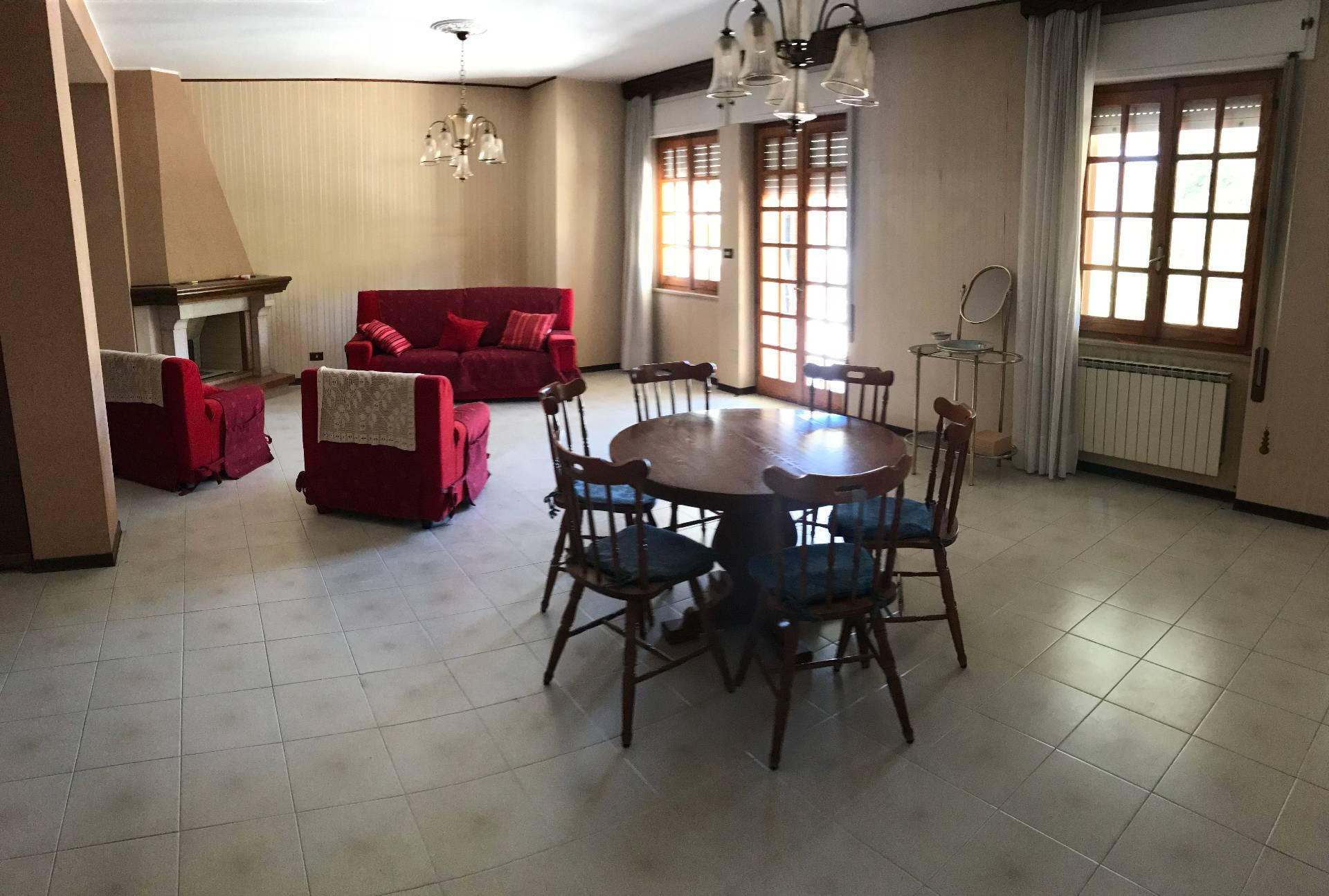 Appartamento in vendita a Tortolì, 3 locali, prezzo € 180.000 | CambioCasa.it
