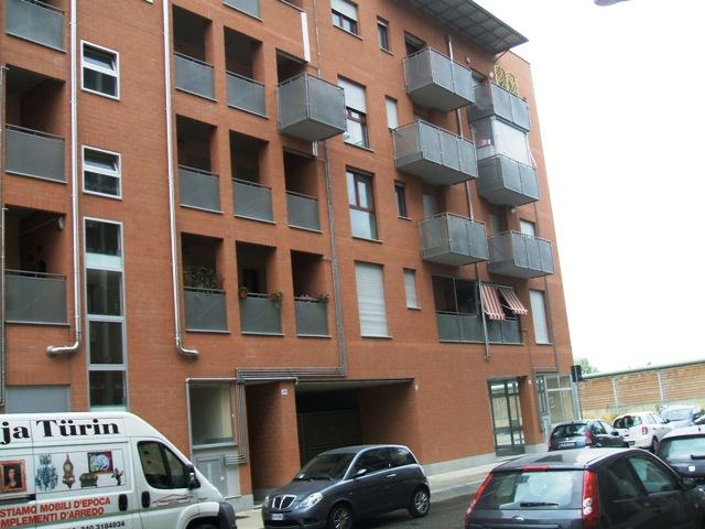Appartamento in Affitto a Torino: 2 locali, 50 mq