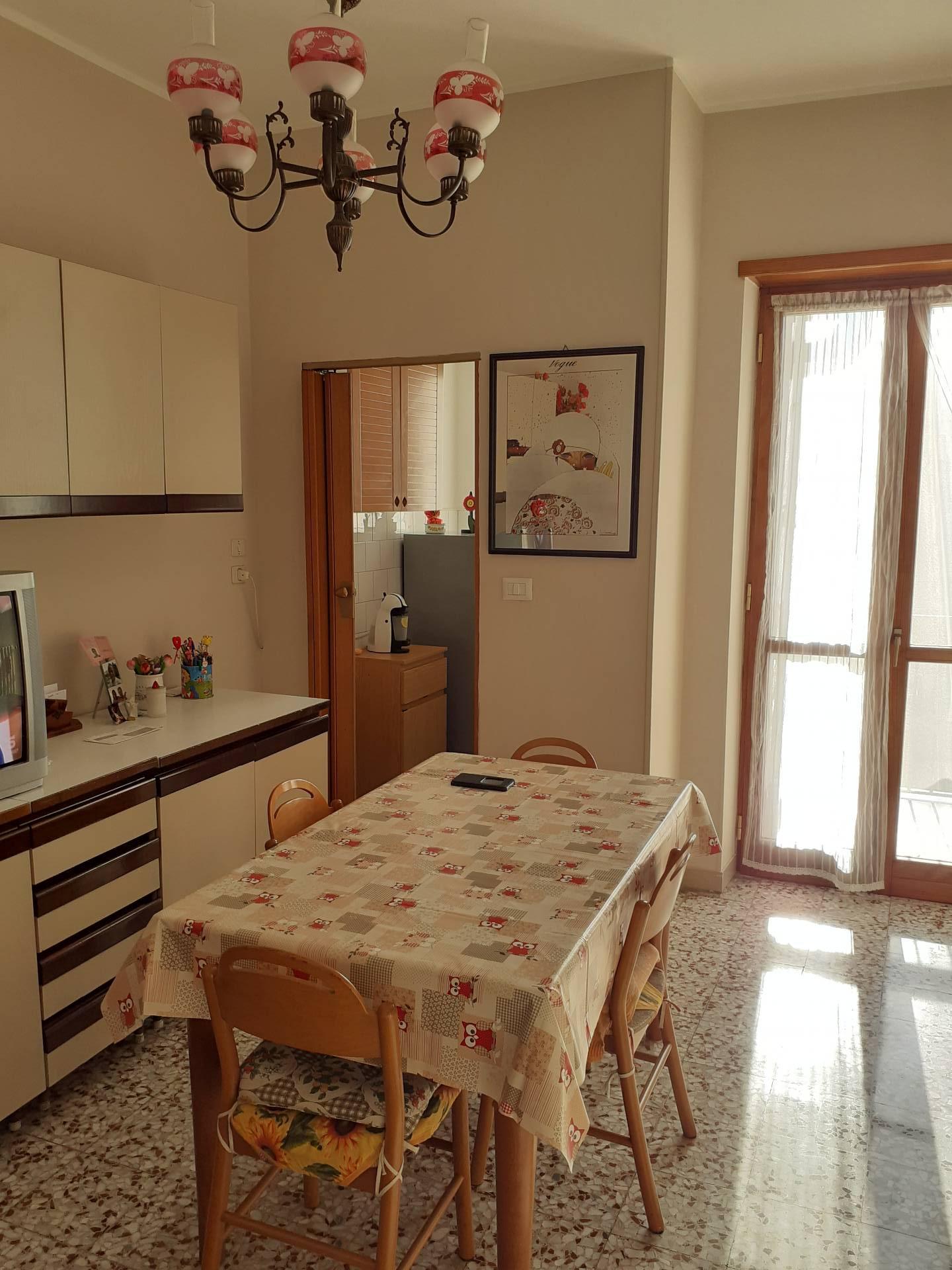Appartamento in Vendita a Torino: 2 locali, 54 mq