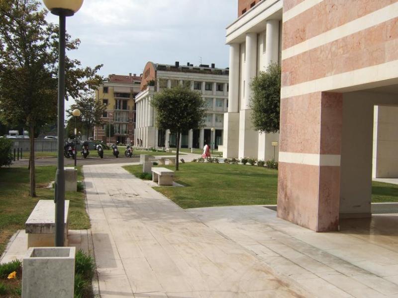 Appartamento in affitto a Verona, 2 locali, zona Località: PonteCrencano, prezzo € 600 | Cambio Casa.it
