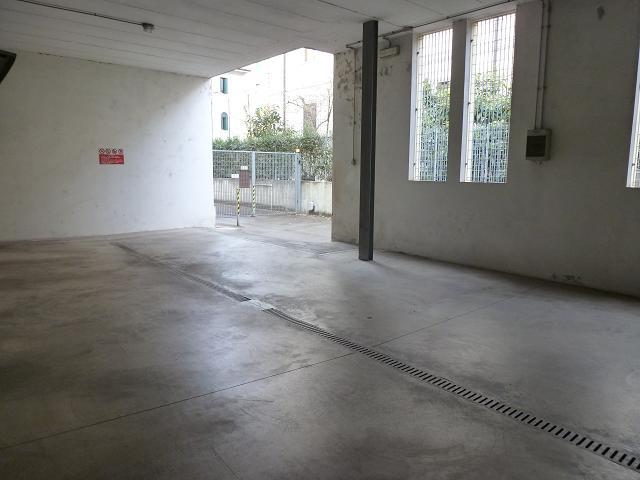 Box / Garage in affitto a Verona, 9999 locali, zona Località: BorgoTrento, prezzo € 150 | Cambio Casa.it