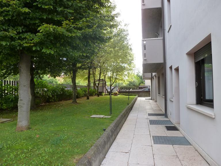 Bilocale Verona Via Saval 1