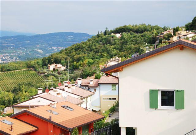 Villa a Schiera in vendita a Negrar, 6 locali, zona Zona: Arbizzano, prezzo € 380.000 | Cambio Casa.it
