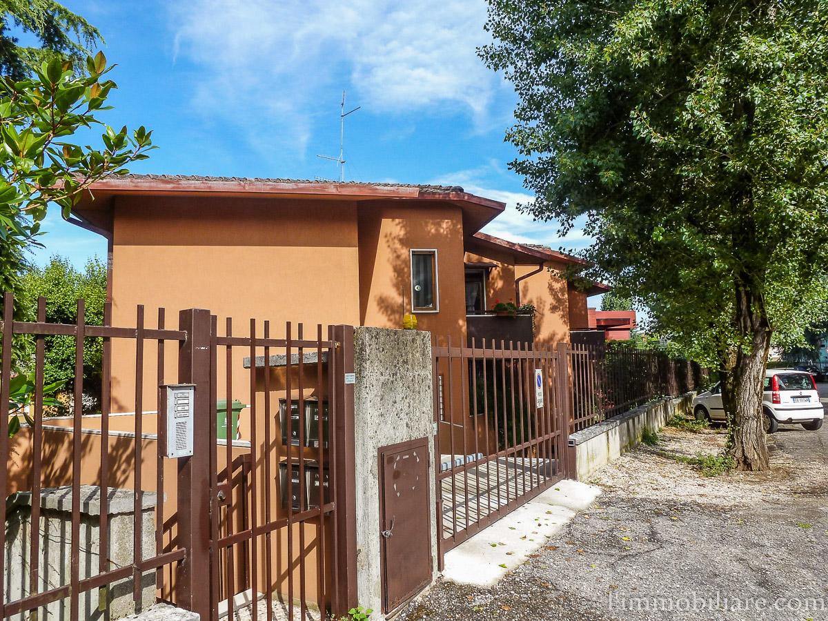 Box / Garage in Affitto a Verona