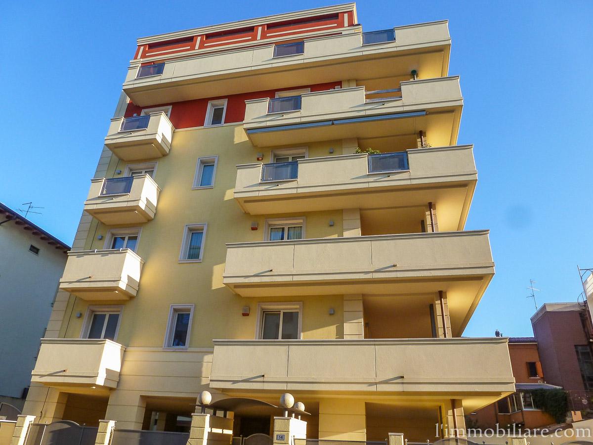 Appartamento in Affitto a Verona Semicentro Nord: 3 locali, 65 mq