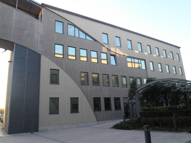 Ufficio / Studio in vendita a Villafranca di Verona, 9999 locali, zona Zona: Dossobuono, prezzo € 200.000 | Cambio Casa.it