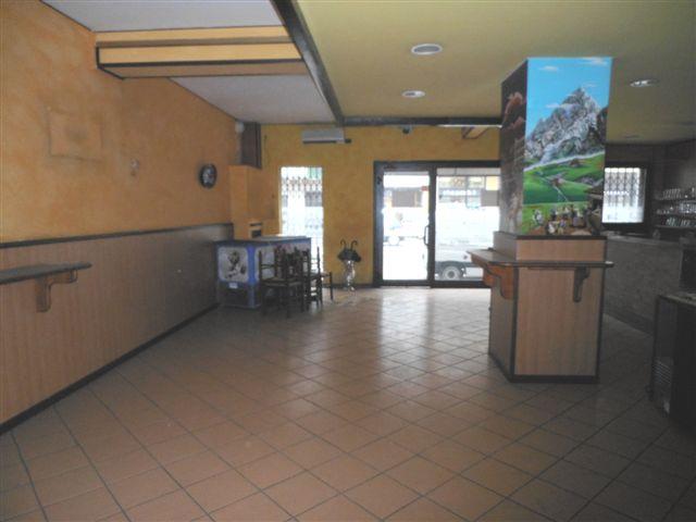 Negozio / Locale in vendita a Verona, 9999 locali, zona Località: BorgoRoma, prezzo € 130.000 | Cambio Casa.it