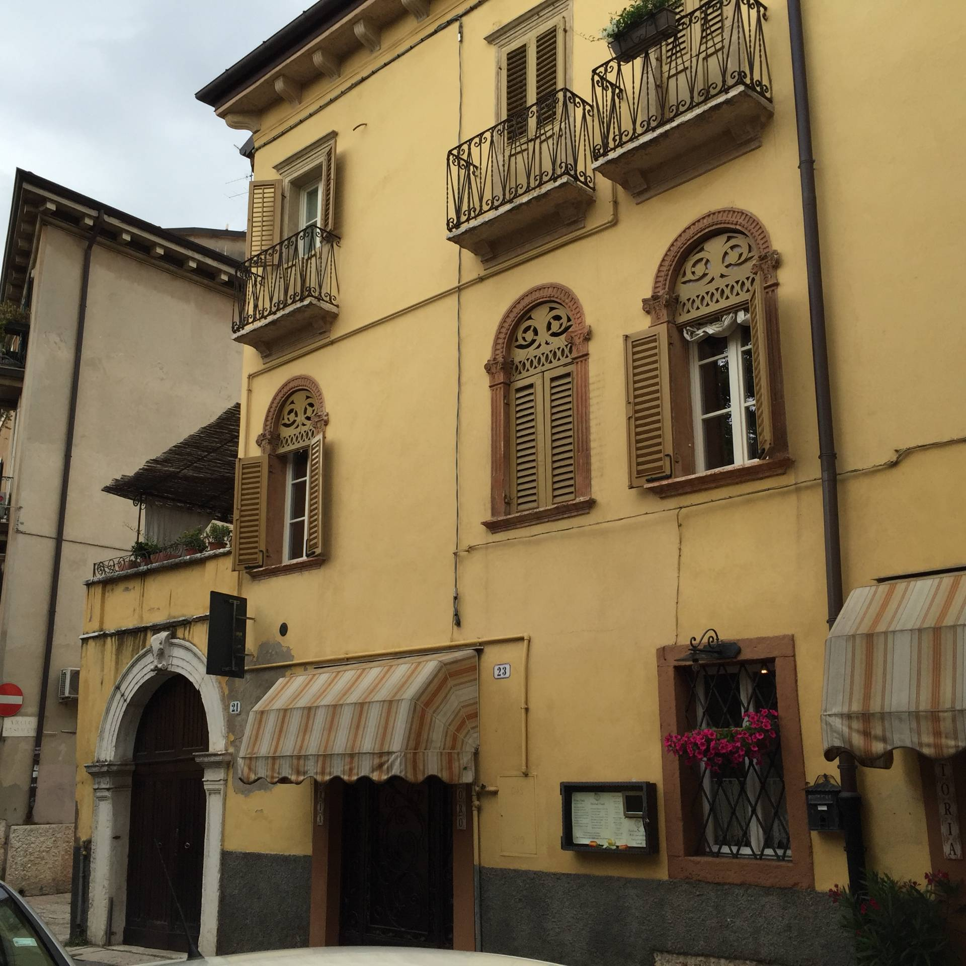 Appartamento in affitto a Verona, 2 locali, zona Zona: 2 . Veronetta, prezzo € 550 | CambioCasa.it