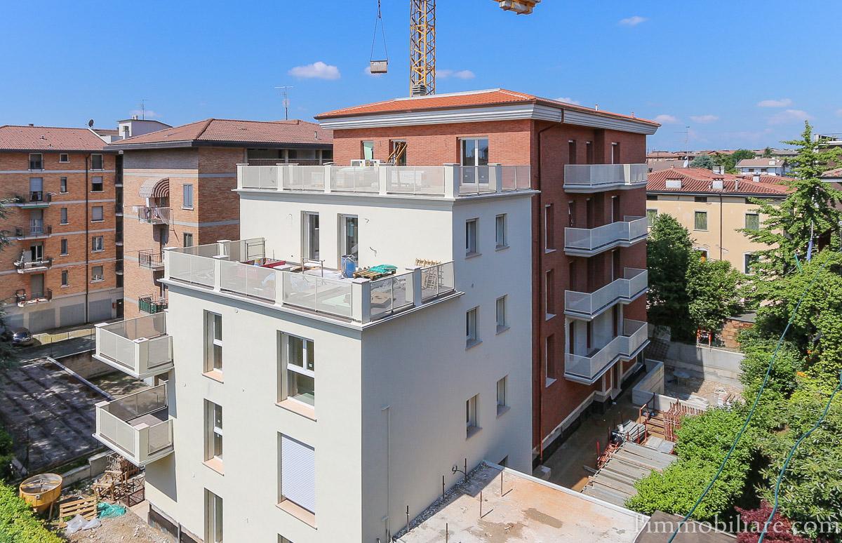 Appartamento in vendita a Verona, 5 locali, zona Zona: 5 . Quinzano - Pindemonte - Ponte Crencano - Valdonega - Avesa , prezzo € 450.000   Cambio Casa.it