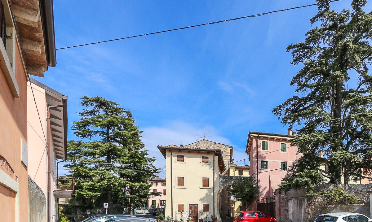 Villa a Schiera in vendita a Verona, 5 locali, zona Zona: 5 . Quinzano - Pindemonte - Ponte Crencano - Valdonega - Avesa , prezzo € 465.000 | CambioCasa.it