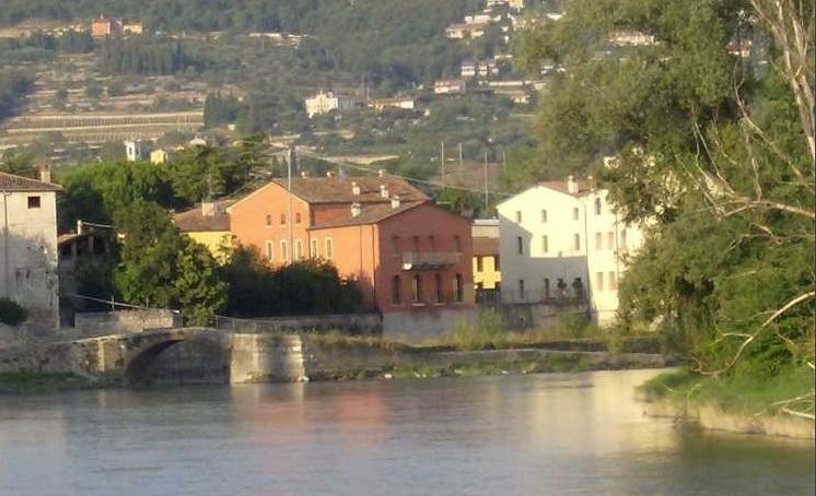 Appartamento in vendita a San Pietro in Cariano, 5 locali, prezzo € 335.000 | Cambio Casa.it