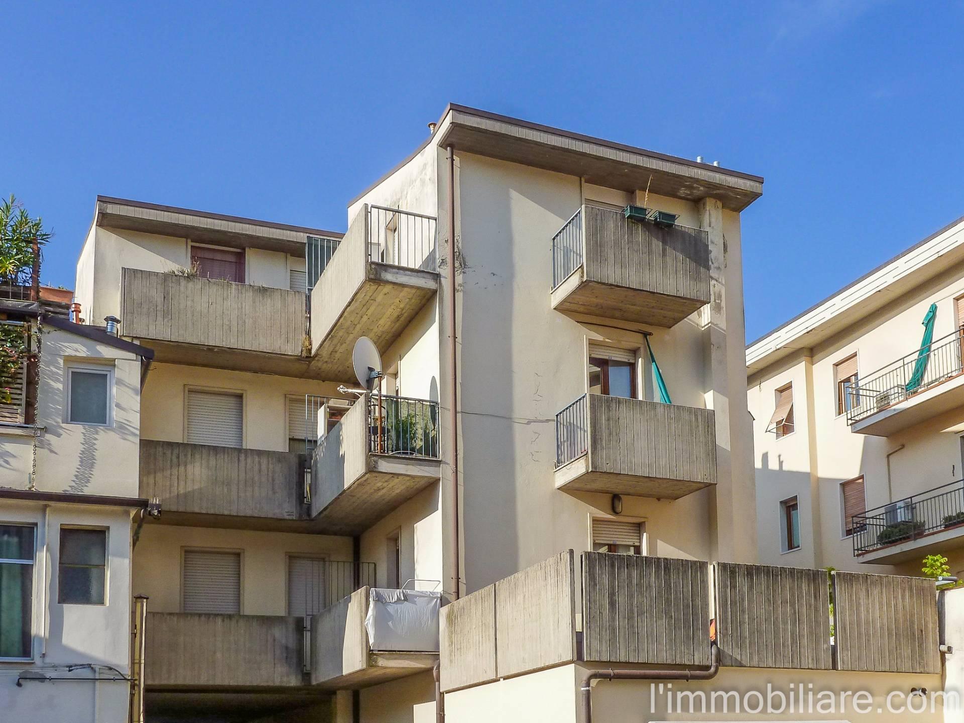 Appartamento in affitto a Verona, 1 locali, zona Zona: 5 . Quinzano - Pindemonte - Ponte Crencano - Valdonega - Avesa , prezzo € 430 | Cambio Casa.it