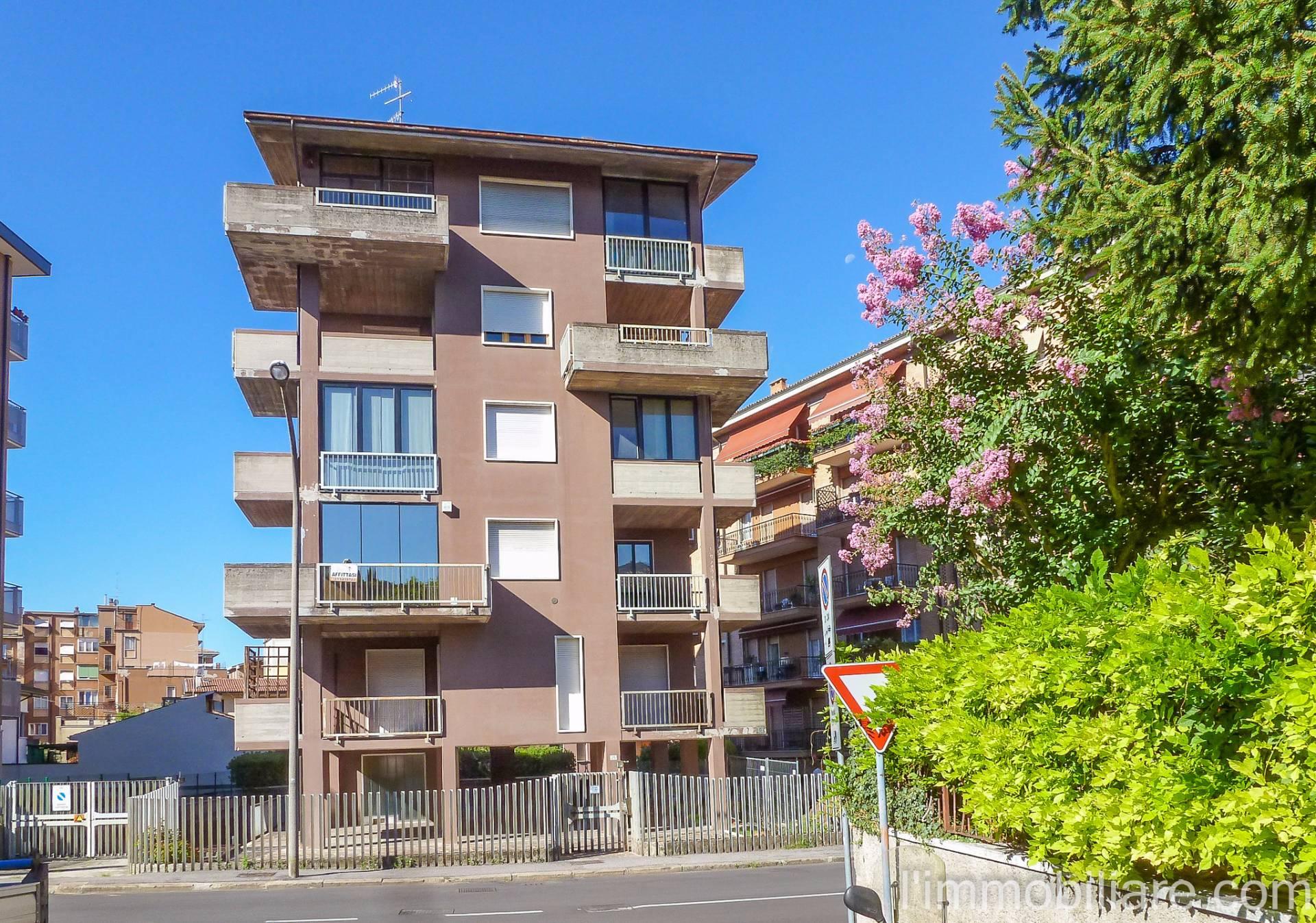 Bilocale Verona Via Santini 2