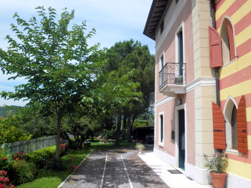 Rustico / Casale in vendita a Verona, 10 locali, zona Località: S.taMariainStelle, prezzo € 745.000 | CambioCasa.it