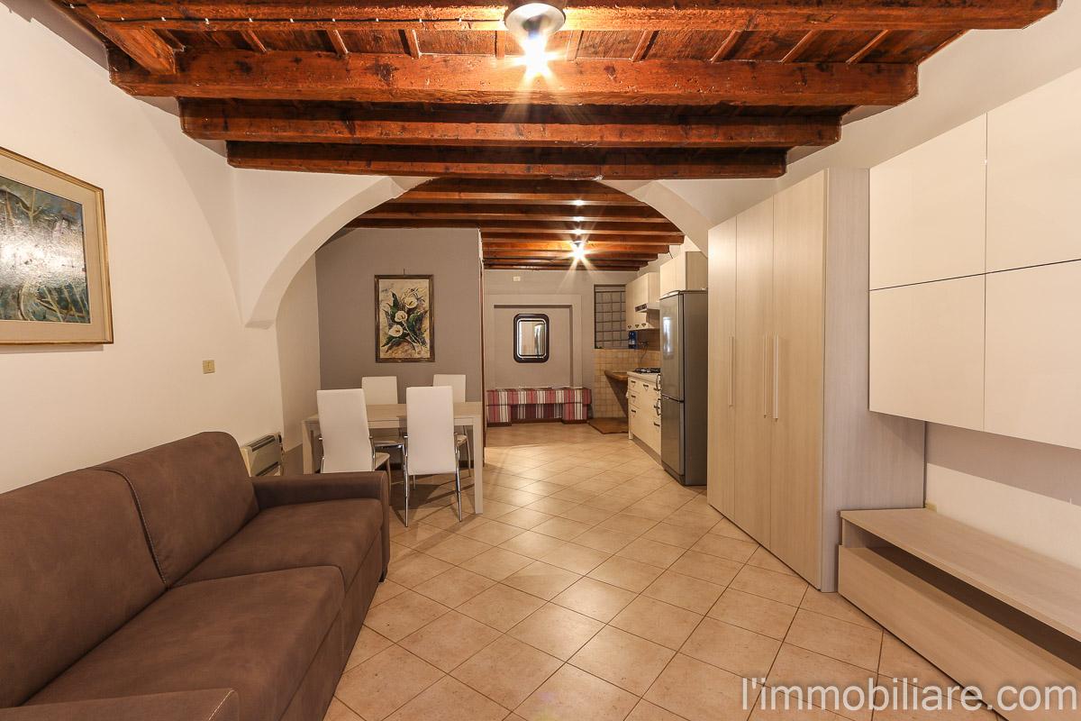 Appartamento in vendita a Verona, 1 locali, zona Zona: 5 . Quinzano - Pindemonte - Ponte Crencano - Valdonega - Avesa , prezzo € 68.000 | CambioCasa.it