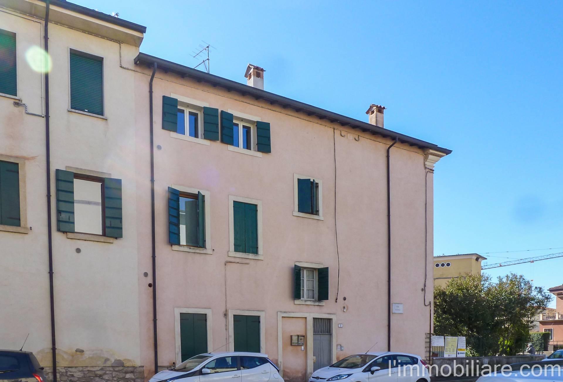 Appartamento in Affitto a Verona Semicentro Nord: 4 locali, 70 mq