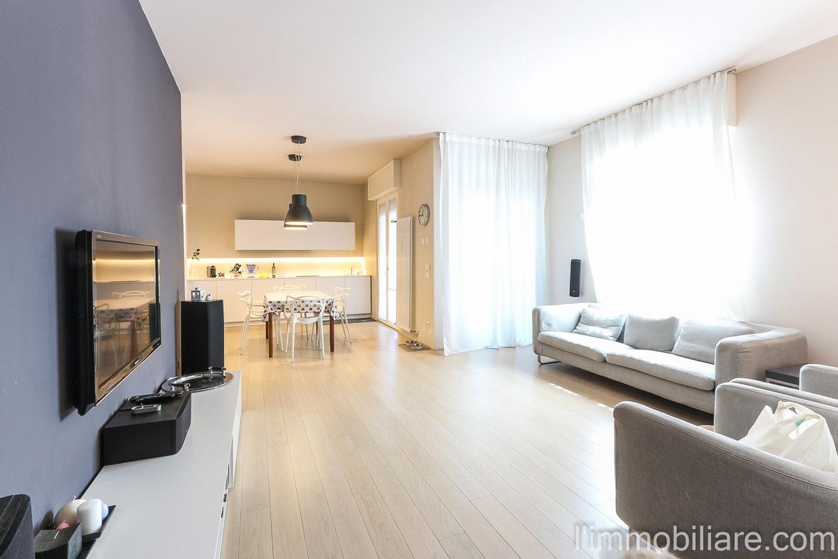 Appartamento in Vendita a Verona Semicentro Nord: 5 locali, 134 mq