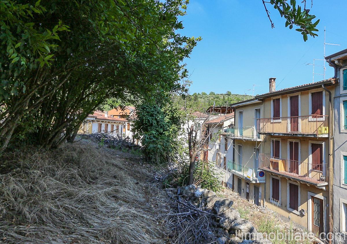 Rustico / Casale in vendita a Verona, 3 locali, zona Zona: 5 . Quinzano - Pindemonte - Ponte Crencano - Valdonega - Avesa , prezzo € 115.000 | CambioCasa.it