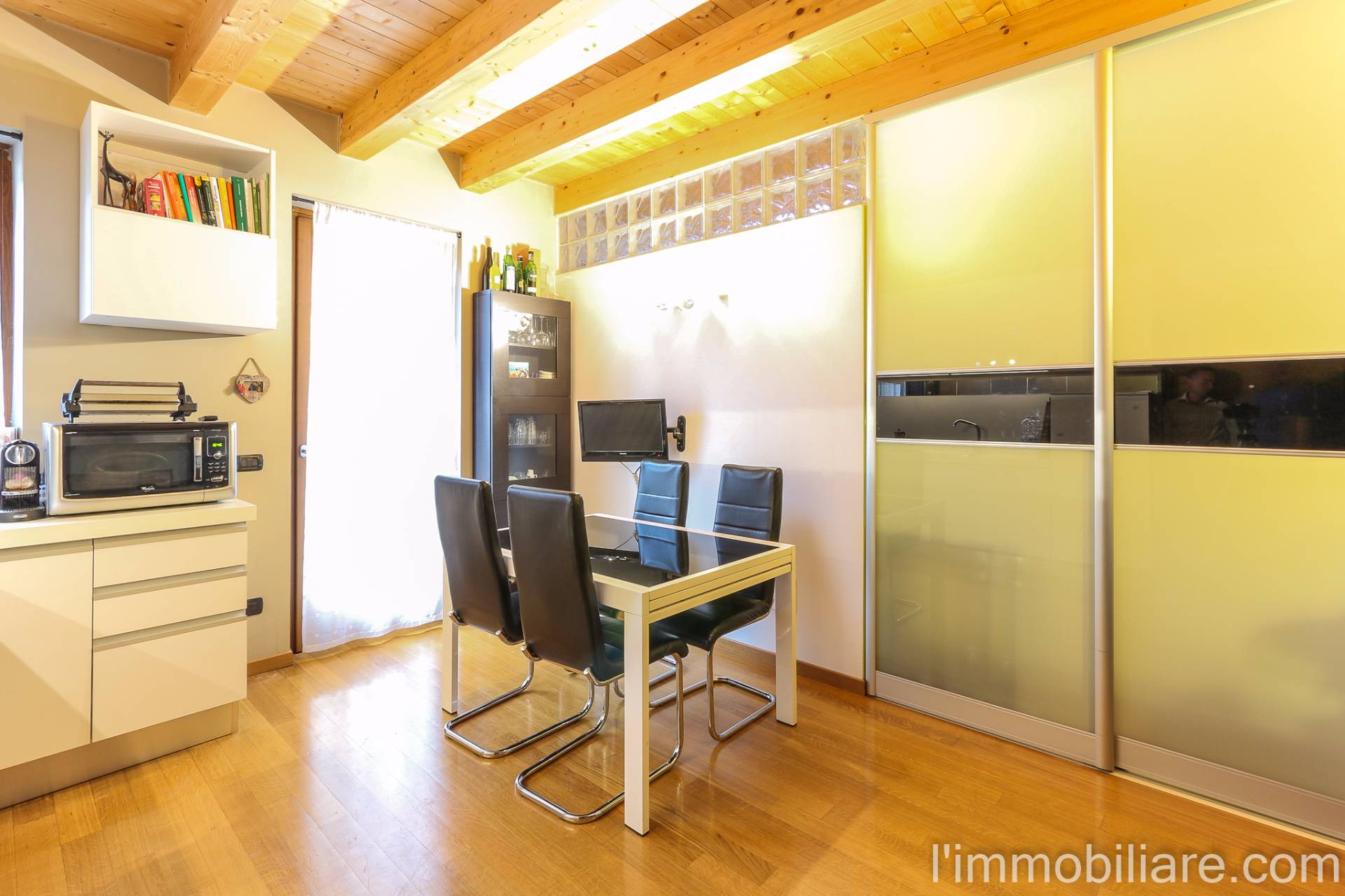 Appartamento in Vendita a Pescantina Centro: 2 locali, 48 mq