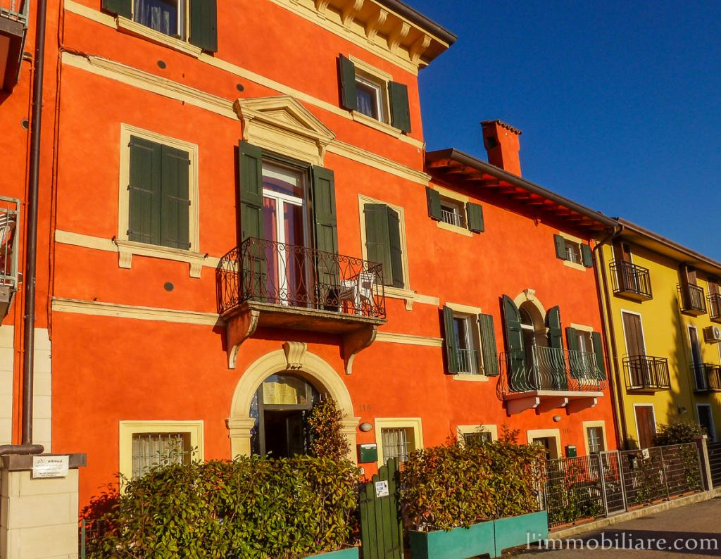 Appartamento in Affitto a Verona Periferia Ovest: 2 locali, 110 mq