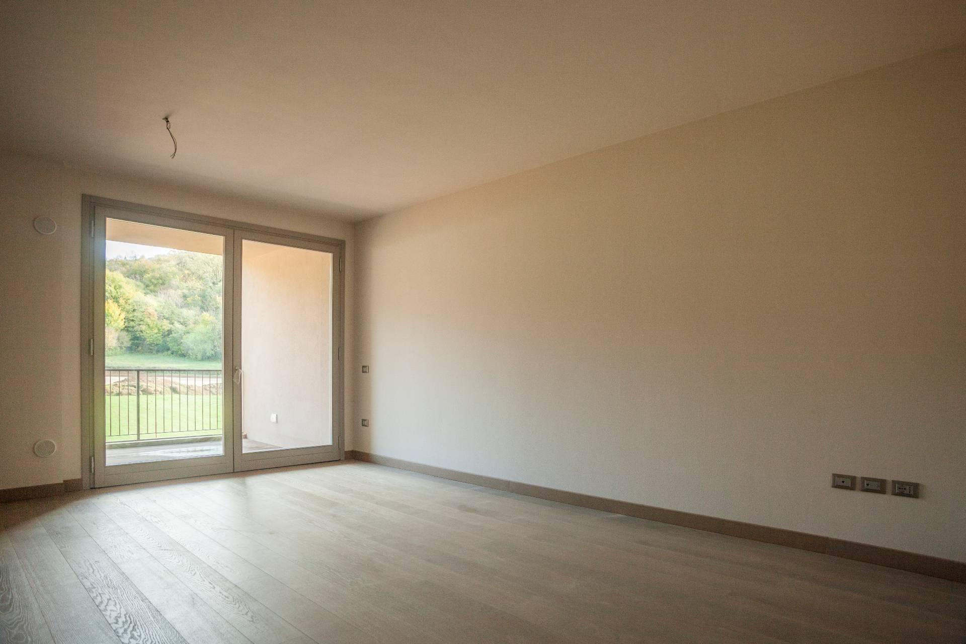 Appartamento in Vendita a Verona Semicentro Nord: 5 locali, 139 mq
