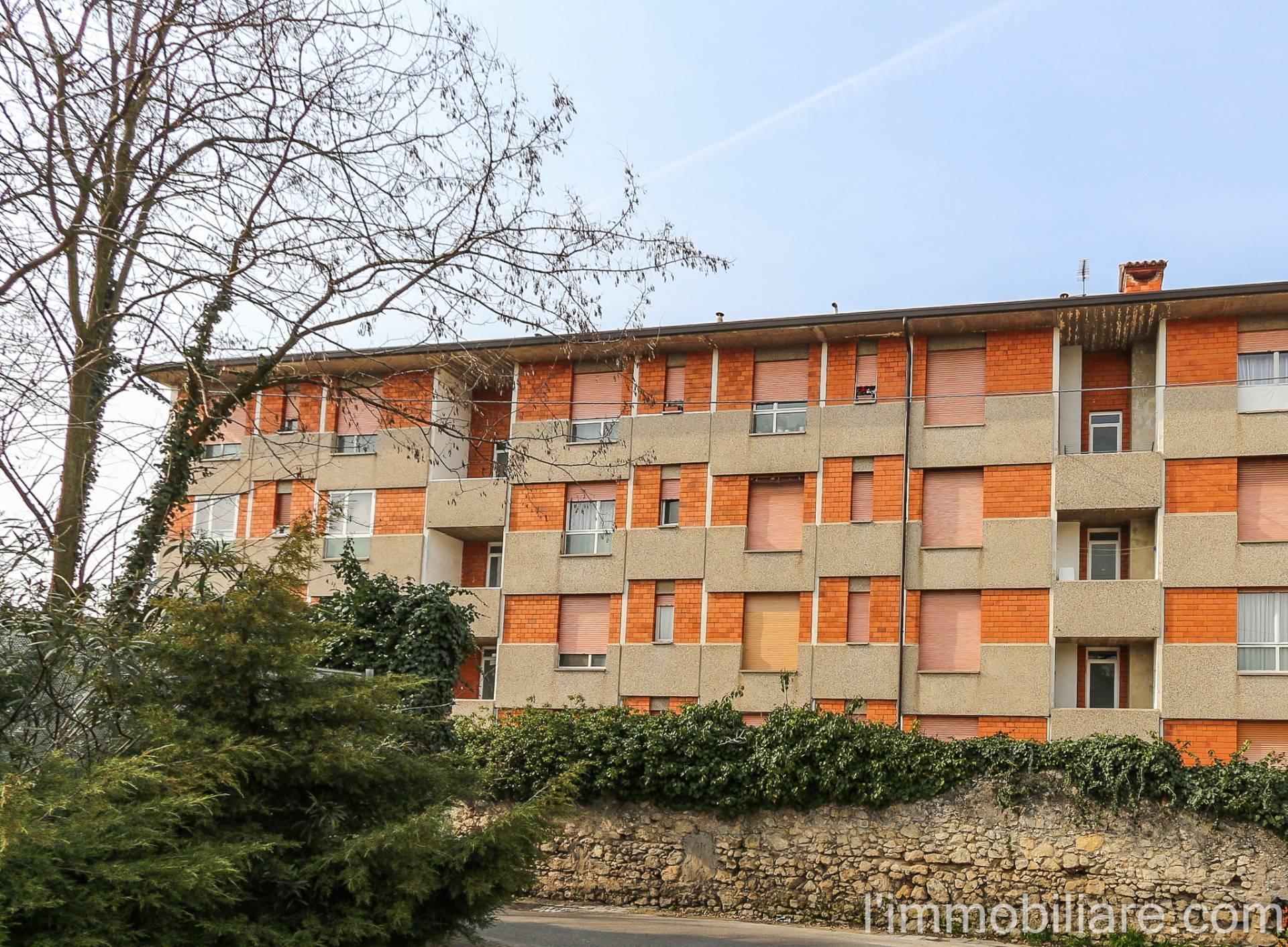 Appartamento in Vendita a Verona Semicentro Nord: 5 locali, 95 mq