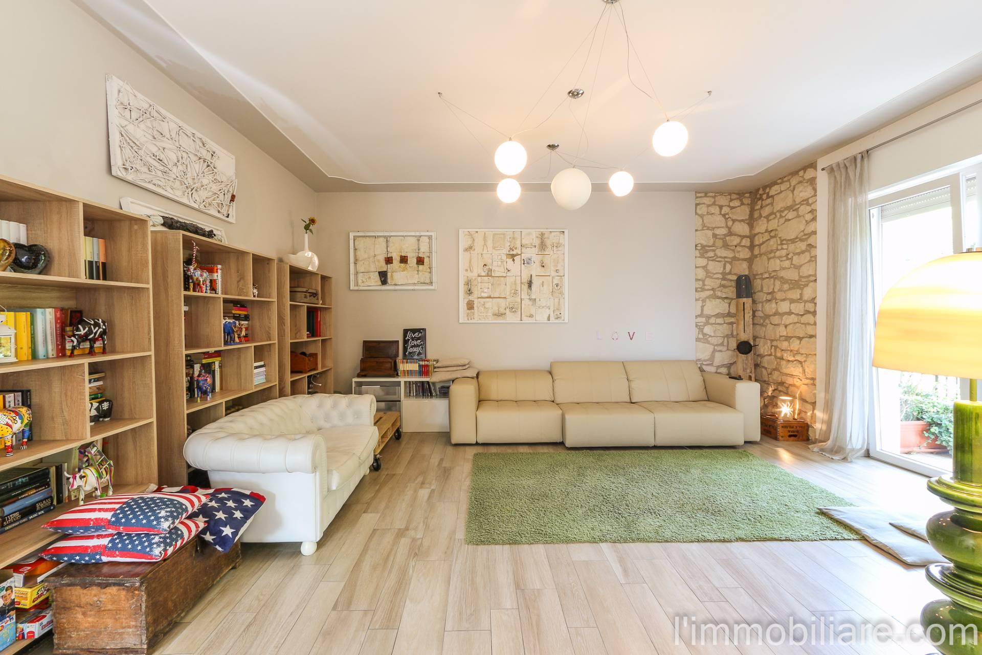 Appartamento in Vendita a Verona Periferia Nord: 5 locali, 162 mq